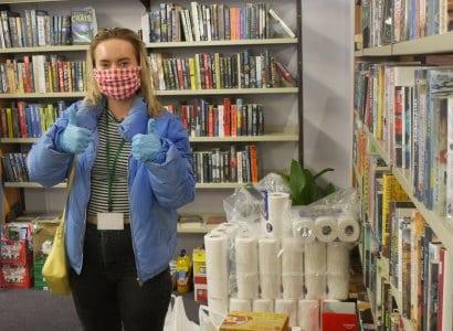 Volunteer Stories: Theatre background volunteer now acts as a helping hand in Leeds