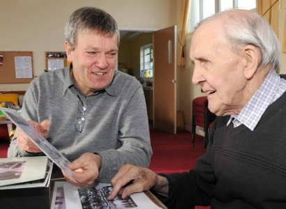 Free guide launched to harness power of sporting memories and dementia